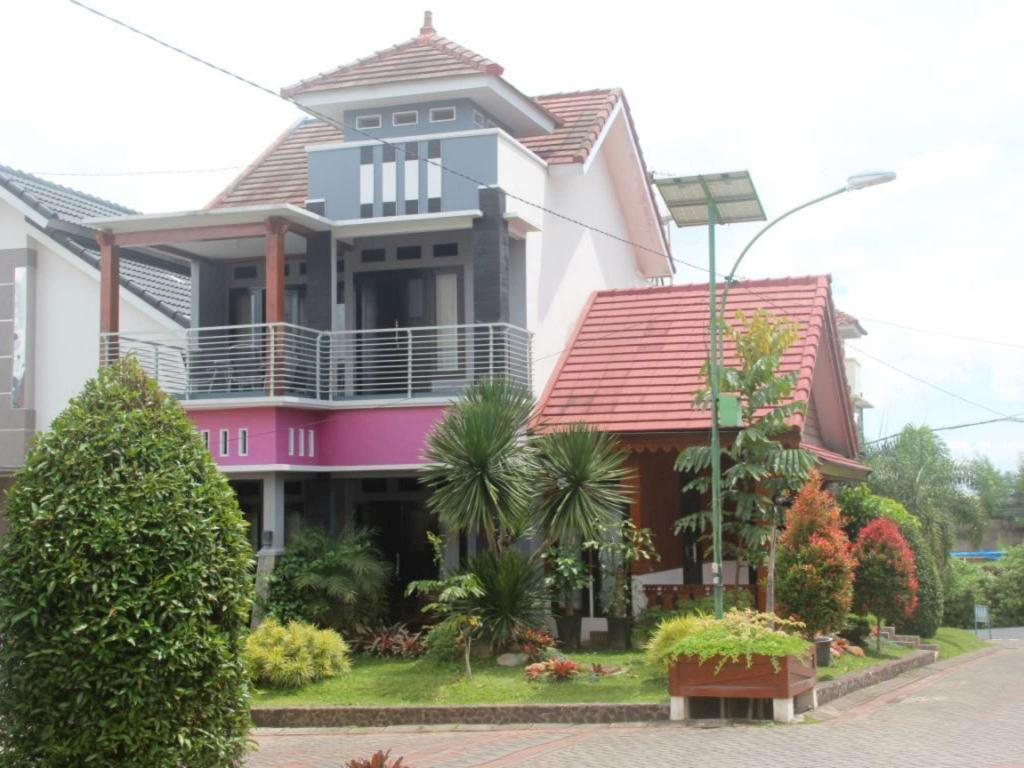 Villa Batu Unique